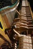 Le mécanisme de piano photos stock