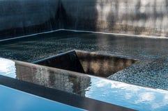 Le mémorial national septembre de 11 au site de point zéro de WTC Image stock