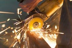 Le métal coupe l'outil de coupe Photo stock