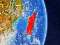 Le Madagascar sur terre de planète de planète avec des frontières de pays Surface et nuages extrêmement détaillés de planète illu illustration libre de droits