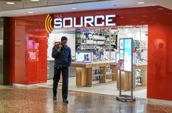 Le magasin de source à Montréal photos stock