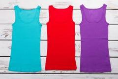 Le magliette delle donne di estate per ogni giorno Fotografia Stock