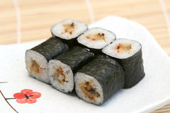 le maki délicieux a préparé des sushi Images stock