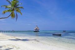 Le Maldive - laguna tropicale soleggiata Immagine Stock Libera da Diritti