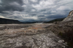 le mammouth chaud jaillit yellowstone Image stock