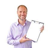Le man med en isolerad tablet Royaltyfri Fotografi