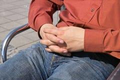 Le mani degli uomini Fotografia Stock