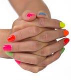 Le mani della donna intelligente del manicure Fotografia Stock