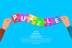 Le mani hanno messo le particelle dei puzzle colorati multi royalty illustrazione gratis