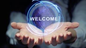 Le mani mostrano il benvenuto rotondo dell'ologramma stock footage