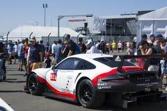 LE MANS, FRANKREICH - 18. JUNI 2017: Ausstellung von Porsche 911 RSR von Team Porsches GT während der 24 Stunden von Le Mans Lizenzfreies Stockbild