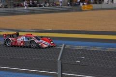 Le Mans-Rennwagen-Stromkreis Stockbilder