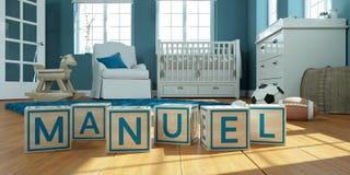 Le manuel de nom écrit avec les cubes en bois en jouet chez la pièce du ` s des enfants Photos stock
