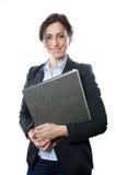 Mapp för affärskvinnainnehav arkivfoton