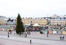 Le marché de Noël sur la place de sénat, ville de Helsinki Photos stock