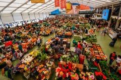 Le marché de nourriture de Cascais est l'endroit à aller si vous voulez le produit et les poissons locaux frais Les jours les plu Photographie stock