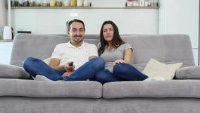 Le mari et l'épouse ont l'amusement banque de vidéos