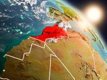 Le Maroc de l'espace pendant le lever de soleil illustration de vecteur