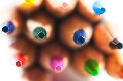 Le matite di colore si chiudono sul macro colpo su bianco Fotografia Stock Libera da Diritti