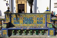 Le mattonelle d'annata hanno decorato il banco pubblico in Spagna Immagine Stock Libera da Diritti