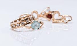 Le meilleur cadeau pour la fille - bijoux d'or Image stock
