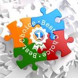 Le meilleur concept bien choisi sur le puzzle multicolore. Photo libre de droits