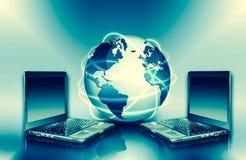 Le meilleur concept d'Internet des affaires globales Globe, lignes rougeoyantes sur le fond technologique Wi-Fi, rayons, symboles Image libre de droits