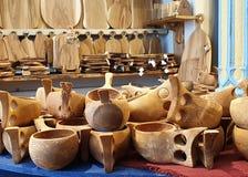 Le merci della falegnameria memorizzano la falegnameria tradizionale dell'artigianato nazionale fotografie stock libere da diritti