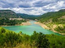 Le Mijares ou le Millars est une rivière dans Aragon et la Co Valencian Images libres de droits
