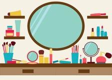 Le miroir, les étagères et la coiffeuse avec composent dispersé autour Photo libre de droits