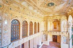 Le mirrorwork dans la terrasse d'été de la Chambre de Tabatabaei, Kashan, IR photo stock