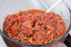 Le miscele tailandesi della pasta del prik o del peperoncino rosso del nam di cucina con il pesce serve con fotografia stock