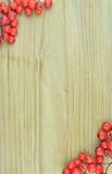 Le modèle de texture de fond de la sorbe rouge porte des fruits cadre (le Sorbus) Photo libre de droits