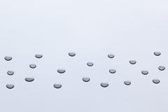 Le modèle des gouttelettes d'eau transparentes Images stock