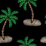 Le modèle sans couture avec la broderie de palmier pique l'imitation dessus Photographie stock libre de droits