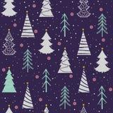 Le modèle sans couture de Noël avec des sapins, flocons de neige, neige, se tient le premier rôle Photographie stock libre de droits