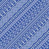 Le modèle sans couture a inspiré par l'art populaire scandinave et finlandais Fond bleu et blanc nordique Diagonale répétée Image stock