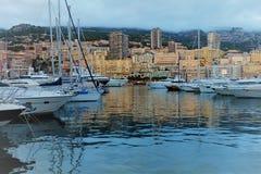 Le Monaco, vue de la mer image libre de droits