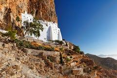 Le monastère de Hozoviotissa dans Amorgos, Grèce photos stock