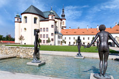 Le monastère fait du jardinage, Litomysl, (l'UNESCO), République Tchèque, l'Europe Image libre de droits