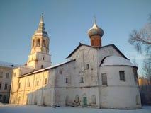 Le monastère orthodoxe abandonné images stock