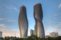 Le monde absolu, condominiums a trouvé dans Mississauga, Canada photographie stock