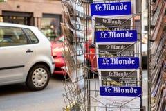 Le Monde frontowa pokrywa Francuska gazeta Zdjęcie Royalty Free