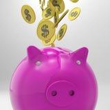 Le monete che entrano nel porcellino salvadanaio mostra la ricchezza americana Immagini Stock Libere da Diritti
