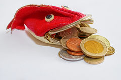 Le monete della Russia, dell'Ucraina e dell'Unione Europea cadono da portafoglio-pesce Fotografie Stock