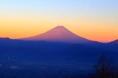 Le mont Fuji à l'aube Photographie stock