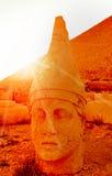 Le mont Nemrut la tête devant les statues Photographie stock libre de droits