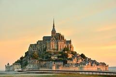 Le Mont Saint-Michel en Normandía Imagen de archivo libre de regalías