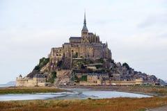 Le Mont Saint Michel en Normandía, Francia Imagen de archivo libre de regalías