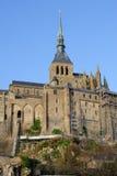 Le Mont Saint Michel i Normandie, Frankrike Royaltyfri Bild